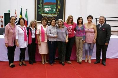 """""""Em Outubro Pense Rosa"""" é retratado em Sessão Solene na Câmara de Pindamoanhangaba"""