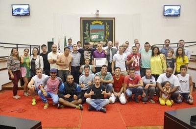 Atleta Elvis Martins, o Caiçara, é homenageado na Câmara pela conquista do título de Campeão Pan-americano de Jiu-jitsu