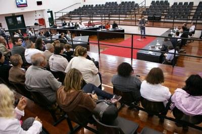 Audiência na Câmara ouve reclamações e esclarecimentos da Saúde
