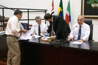 Câmara abre CEI para investigar ida de funcionários municipais à São Paulo