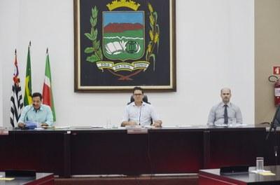 Câmara aprova adequação orçamentária do Fundo Municipal de Iluminação Pública