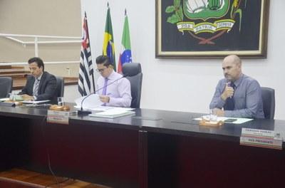 """Câmara aprova crédito especial de R$ 200 mil para aplicação na Cultura e a Concessão da Medalha """"Mérito Athayde Marcondes"""" à Banda Euterpe"""