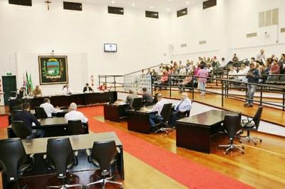 Câmara aprova Lei das Diretrizes Orçamentárias e Plano Municipal de Educação
