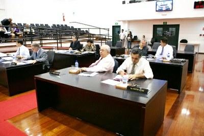 Câmara aprova Projeto de Lei que veta exploração de propaganda eleitoral em bens públicos da cidade