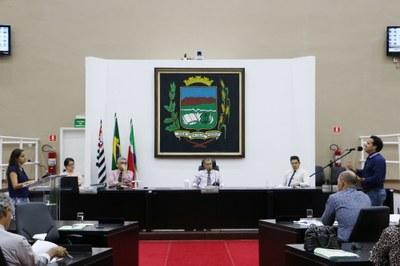 Câmara aprova verba para entidades assistenciais e convênio com a Secretaria de Cultura do Estado para realização de Projeto Linguagens Artísticas