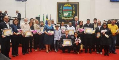 Câmara homenageia casais na Semana Nacional da Família