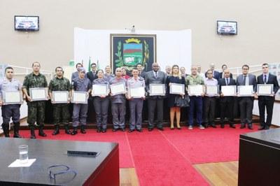 Câmara realiza Sessão Solene em homenagem ao Dia Municipal do Policial Militar e Civil