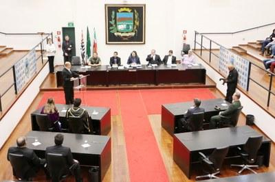 Dia do Maçom é comemorado com homenagens em Sessão Solene na Câmara de Pindamonhangaba