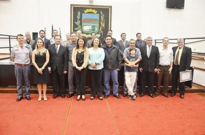 Em noite solene, Polícias Civil, Militar e Corpo de Bombeiros recebem gratidão e reconhecimento da Câmara de Pindamonhangaba
