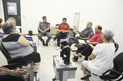 Frente Parlamentar em Defesa do Animais discute ações preventivas em Pindamonhangaba