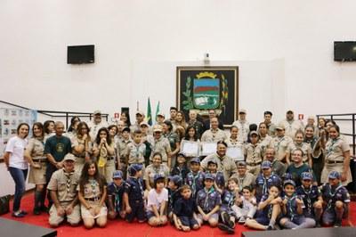 Moral, respeito e honradez são exaltados em celebração ao Dia do Escoteiro na Câmara de Pindamonhangaba