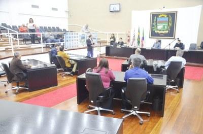 Projeto de Lei de aumento salarial de 4% para os servidores foi aprovado pela Câmara de Pindamonhangaba