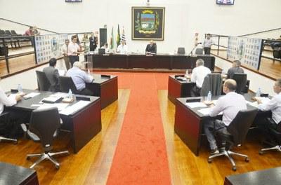 Projetos são aprovados pelos vereadores e entidades recebem subvenção do Executivo Municipal