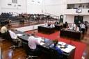 Relatório da CEI dos IPTUs é lido em Plenário e vereadores aprovam Emenda à Lei Orgânica
