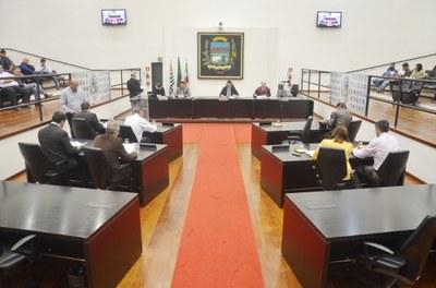 Vereadores aprovam por unanimidade Projeto de Lei do Executivo que fixa as Diretrizes Orçamentárias para 2018